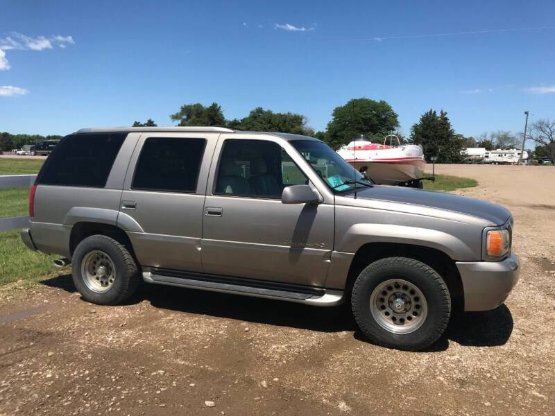 1999 Cadillac Escalade for sale at TnT Auto Plex in Platte SD