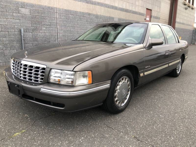 1998 Cadillac DeVille for sale at Autos Under 5000 + JR Transporting in Island Park NY