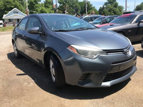 2015 Toyota Corolla for sale at GREENLIGHT AUTO SALES in Akron OH