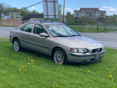2002 Volvo S60 for sale at Saratoga Motors in Gansevoort NY