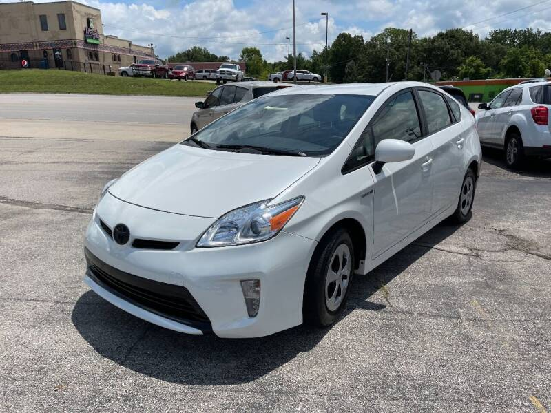 2015 Toyota Prius for sale at Greg's Auto Sales in Poplar Bluff MO