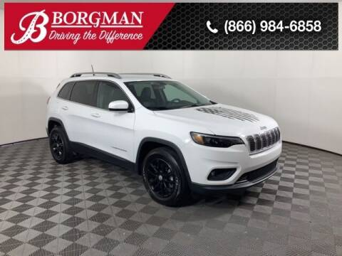 2019 Jeep Cherokee for sale at BORGMAN OF HOLLAND LLC in Holland MI
