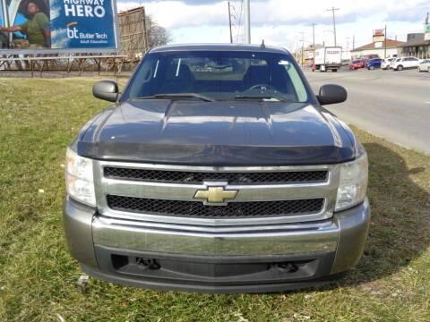 2008 Chevrolet Silverado 1500 for sale at Ideal Cars in Hamilton OH