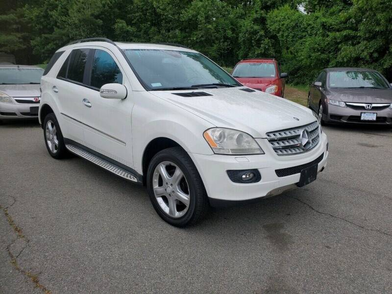 2008 Mercedes-Benz ML350 for sale at Pelham Auto Group in Pelham NH