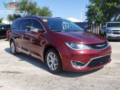 2019 Chrysler Pacifica for sale at GATOR'S IMPORT SUPERSTORE in Melbourne FL