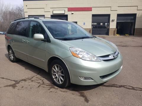 2006 Toyota Sienna for sale at Fleet Automotive LLC in Maplewood MN