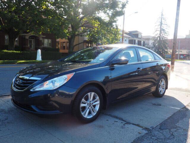2012 Hyundai Sonata for sale at Advantage Auto Sales in Wheeling WV
