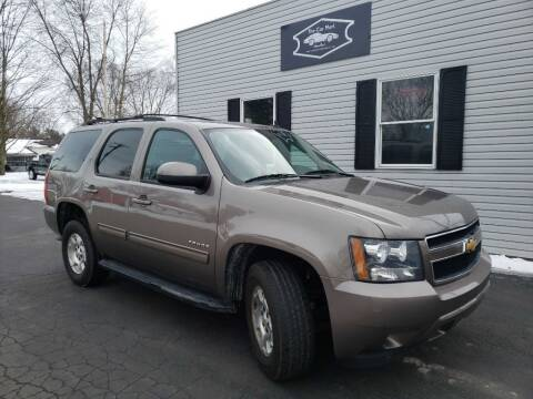 2014 Chevrolet Tahoe for sale at The Car Mart in Milford IN