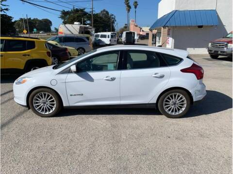 2014 Ford Focus for sale at Dealers Choice Inc in Farmersville CA