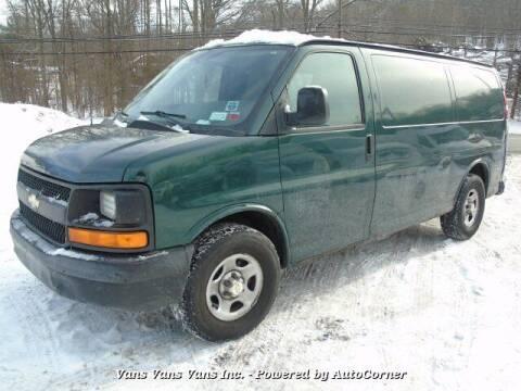 2005 Chevrolet Express Cargo for sale at Vans Vans Vans INC in Blauvelt NY