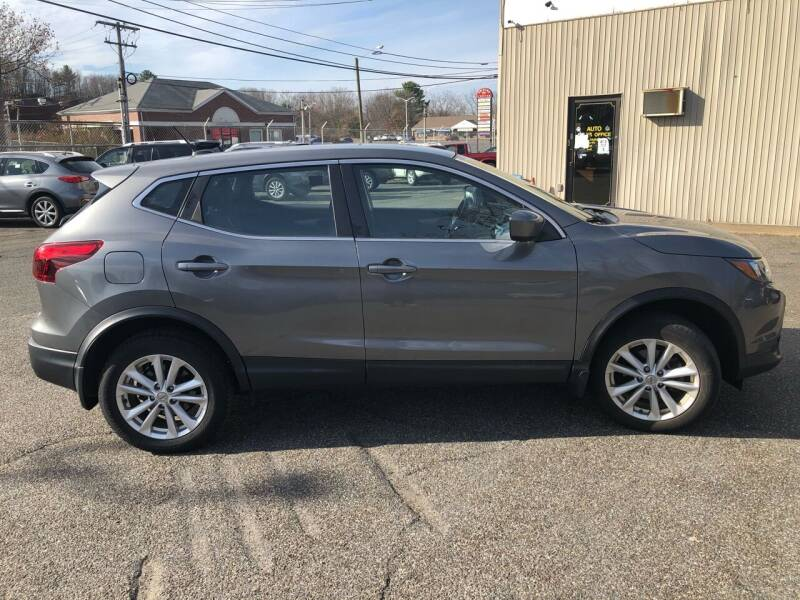 2017 Nissan Rogue Sport for sale at New Look Auto Sales Inc in Indian Orchard MA