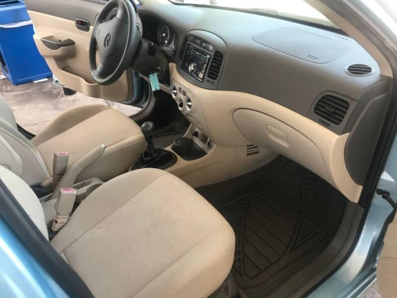 2008 Hyundai Accent GLS 4dr Sedan - Charlotte NC