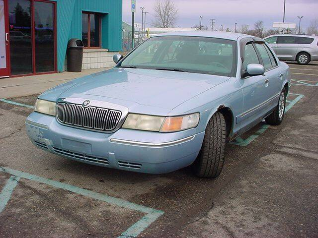 2001 Mercury Grand Marquis for sale at VOA Auto Sales in Pontiac MI