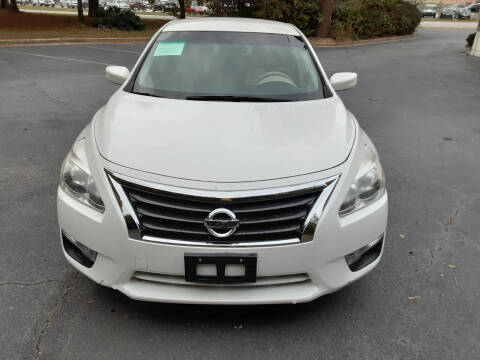 2013 Nissan Altima for sale at LOS PAISANOS AUTO & TRUCK SALES LLC in Peachtree Corners GA