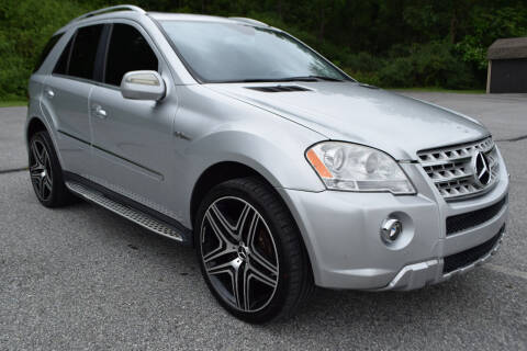 2009 Mercedes-Benz M-Class for sale at CAR TRADE in Slatington PA
