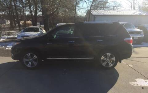 2012 Toyota Highlander for sale at 6th Street Auto Sales in Marshalltown IA