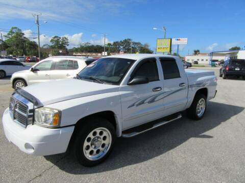 2005 Dodge Dakota for sale at ARENA AUTO SALES,  INC. in Holly Hill FL