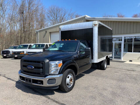 2015 Ford F-350 Super Duty for sale at Auto Towne in Abington MA