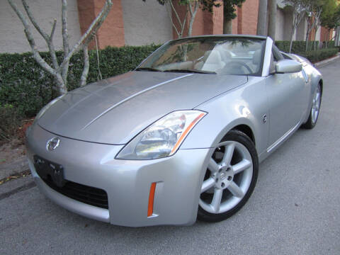 2005 Nissan 350Z for sale at FLORIDACARSTOGO in West Palm Beach FL