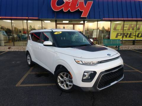 2020 Kia Soul for sale at CITY SELECT MOTORS in Galesburg IL