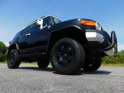 2007 Toyota FJ Cruiser for sale at Used Cars For Sale in Kernersville NC