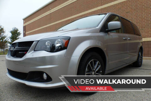 2017 Dodge Grand Caravan for sale at Macomb Automotive Group in New Haven MI