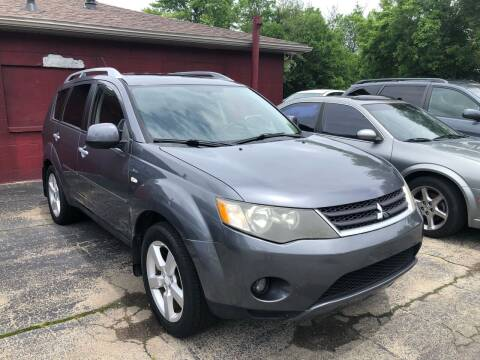 2008 Mitsubishi Outlander for sale at Neals Auto Sales in Louisville KY