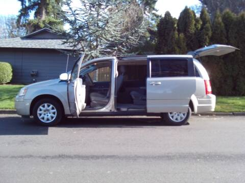 2009 Chrysler Town and Country for sale at Redline Auto Sales in Vancouver WA