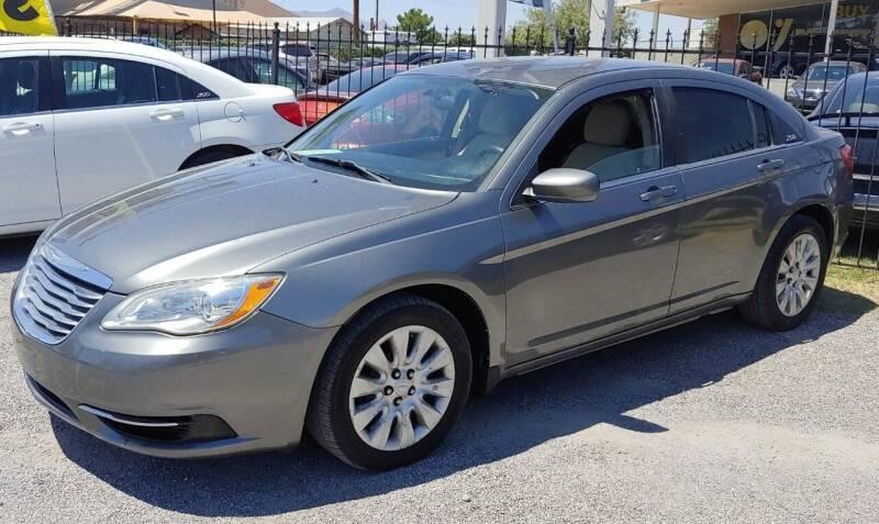 2012 Chrysler 200 for sale at 4 U MOTORS in El Paso TX