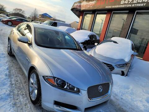 2013 Jaguar XF for sale at Washington Auto Group in Waukegan IL