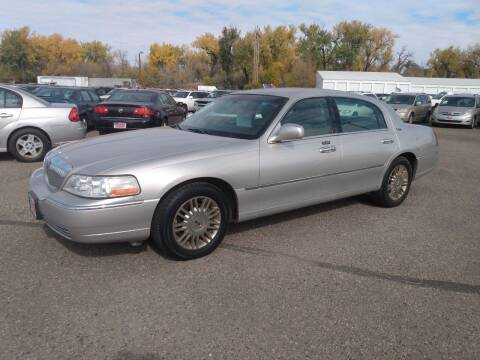 2008 Lincoln Town Car for sale at L & J Motors in Mandan ND