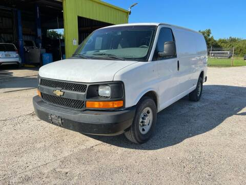 2011 Chevrolet Express Cargo for sale at RODRIGUEZ MOTORS CO. in Houston TX
