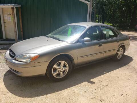 2003 Ford Taurus for sale at Northwoods Auto & Truck Sales in Machesney Park IL
