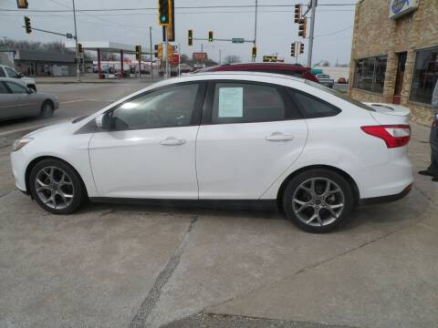 2014 Ford Focus for sale at Kingdom Auto Centers in Litchfield IL