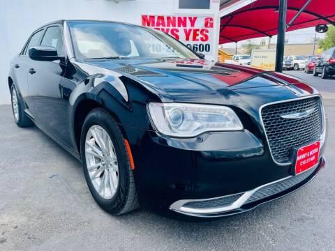 2018 Chrysler 300 for sale at Manny G Motors in San Antonio TX