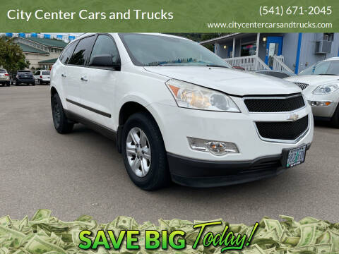 2011 Chevrolet Traverse for sale at City Center Cars and Trucks in Roseburg OR