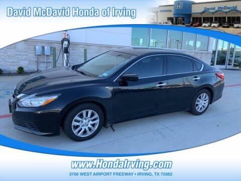 2017 Nissan Altima for sale at DAVID McDAVID HONDA OF IRVING in Irving TX