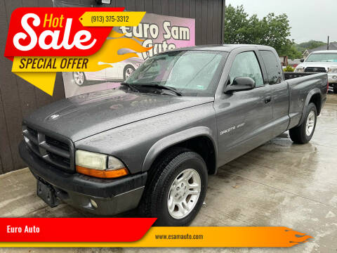 2002 Dodge Dakota for sale at Euro Auto in Overland Park KS