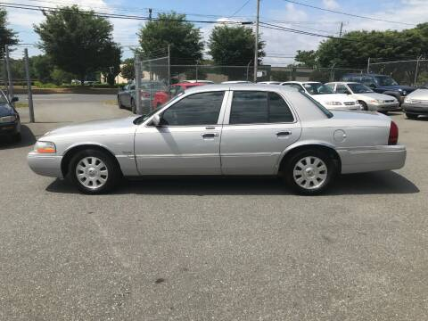 2004 Mercury Grand Marquis for sale at Mike's Auto Sales of Charlotte in Charlotte NC