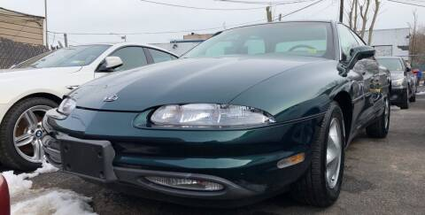 1999 Oldsmobile Aurora for sale at OFIER AUTO SALES in Freeport NY
