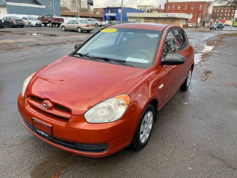 2009 Hyundai Accent for sale at Midtown Autoworld LLC in Herkimer NY