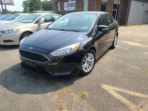 2015 Ford Focus for sale at Auto Credit Xpress in Benton AR