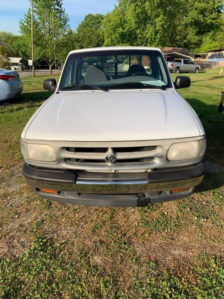 1997 Mazda B-Series Pickup for sale at WARREN'S AUTO SALES in Maryville TN