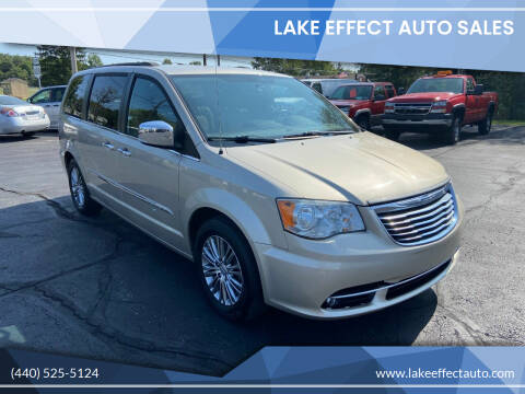 2014 Chrysler Town and Country for sale at Lake Effect Auto Sales in Chardon OH