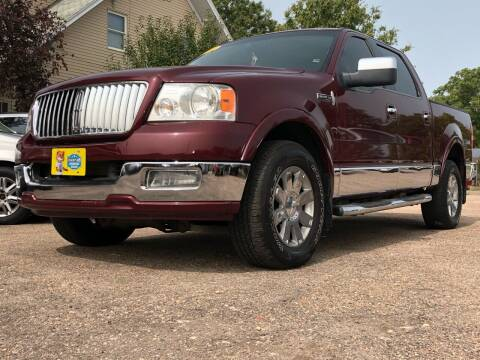 2006 Lincoln Mark LT for sale at El Tucanazo Auto Sales in Grand Island NE