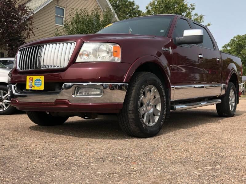2006 Lincoln Mark LT for sale at El Tucanazo Auto Sales in Grand Island NE