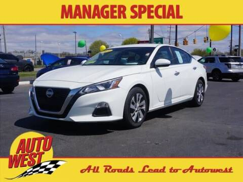 2020 Nissan Altima for sale at Autowest of GR in Grand Rapids MI