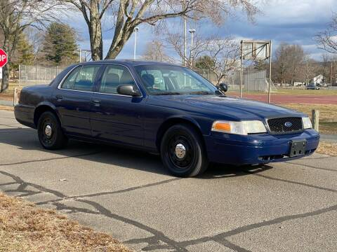 2006 Ford Crown Victoria for sale at Choice Motor Car in Plainville CT