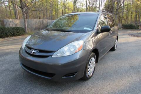 2006 Toyota Sienna for sale at AUTO FOCUS in Greensboro NC