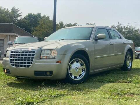 2006 Chrysler 300 for sale at Cash Car Outlet in Mckinney TX